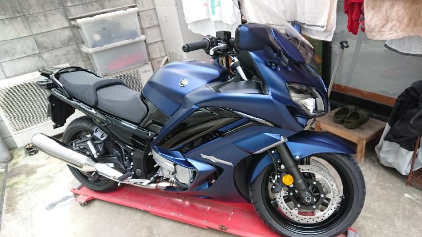 【載せられる?】FJR1300はバイクドーリーに乗せられるか?→なんとか…【載ります】